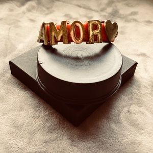 Cute fashion bracelet